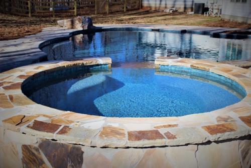 Canton pool 1